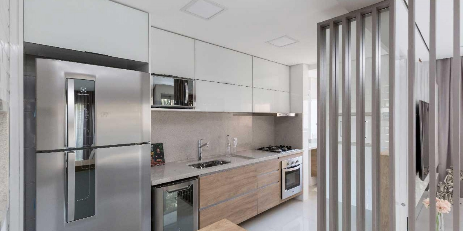 TPS Imóveis - Veja Foto 2 de 20 do Apartamento A Venda 2 dormitórios Porto Alegre