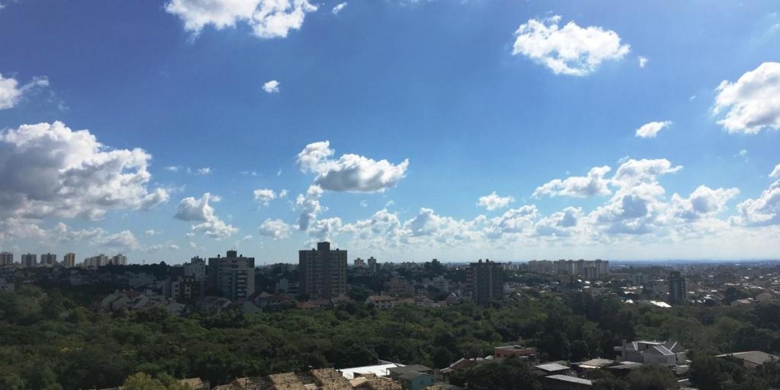 TPS Imóveis - Veja Foto 4 de 14 do Apartamento A Venda 2 Dormitórios Porto Alegre